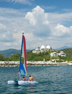 Tangolunda Bay Huatulco catamaran sailing