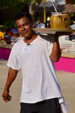 Waiter Huatulco Mexico sailing blog