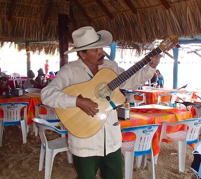 Guitar singer Huatulco Mexico sail blog