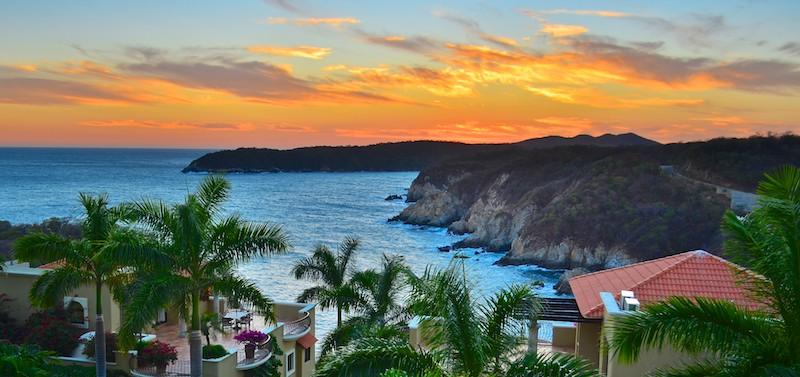 Las Palmas Huatulco Mexico sailing blog