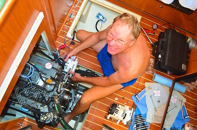 Fixing the boat alternator Mexico cruising blog