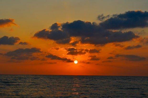 mexico sailing blog sunset at sea
