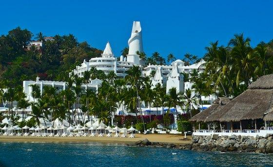sailing blog Las Hadas Resort manzanillo mexico