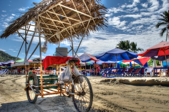 Playa la Boquita beach vendor cart