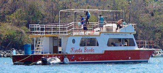 Zihuatanejo Fiesta Bamba tour boat sail blog