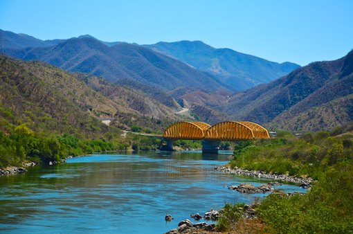 Michoacan Mexico steel bridge cruising blog