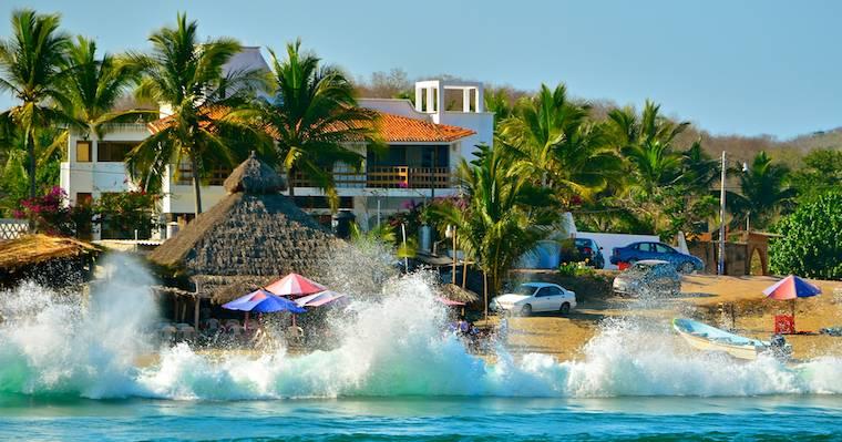 Chamela Playa Perula Mexico surf XZQK3RSSYWQF