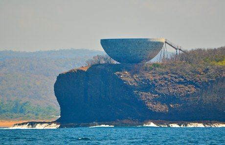 Carayes Mexico bowl on a cliff