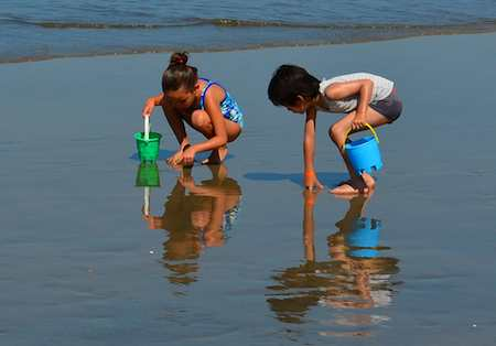 puerto vallarta kids playing on beach