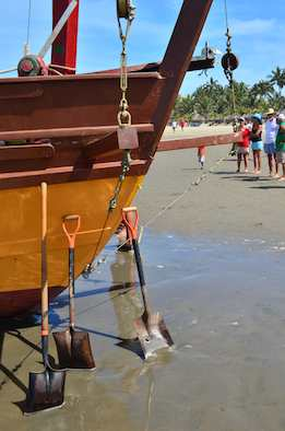 shipwreck on the beach shovels nuevo vallarta
