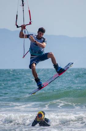 jumping over the camper kiteboard races