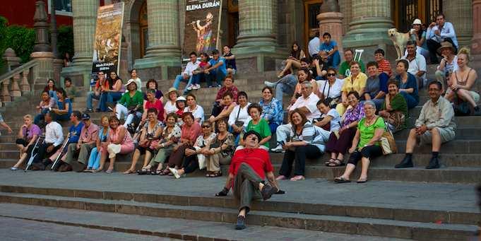 Street performer mime at Teatro Juarez