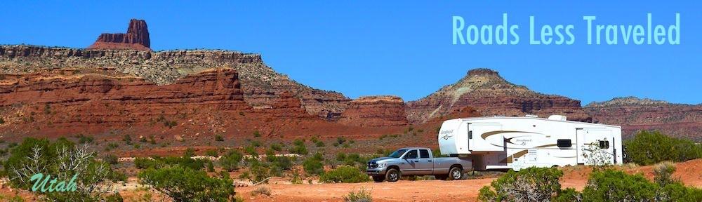 5th wheel trailer RV in Utah red rocks