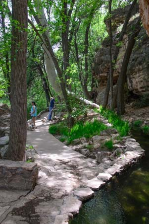 Stream and riparian area Montezuma's Well