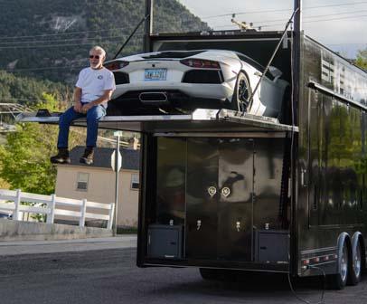 Lamborghini Aventador loaded into truck