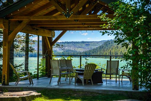 The Lodge at Suttle Lake Oregon deck