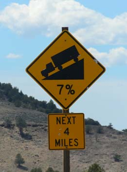 7 percent grade road sign