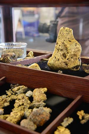 Five pound gold nugget Baker City Oregon