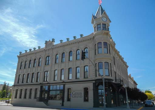 Grand Geiser Hotel Baker City Oregon