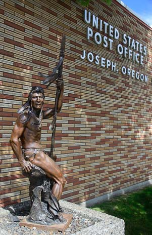 Indian sculpture at the Joseph Oregon post office