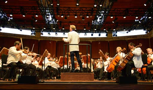 Sun Valley Symphony plays Brahms' 2nd Symphone - ahh!