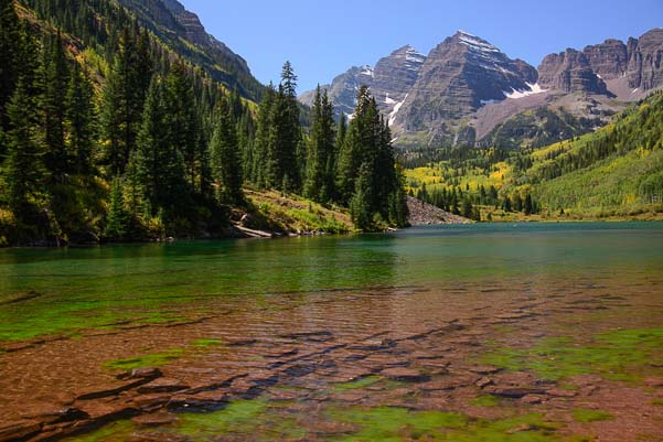 Algae showing at Maroon Bells Lake in Colorado