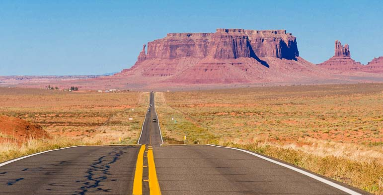 Driving into Monument Valley Arizona