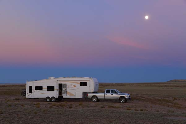 5th wheel RV at sunset