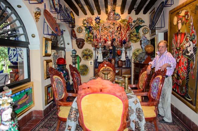 Toller Cranston's House Inside-4
