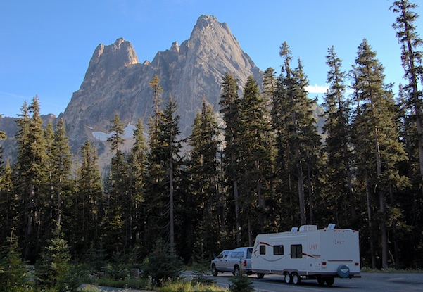 Overnight at a scenic lookou at Washington Pass in the North Cascades