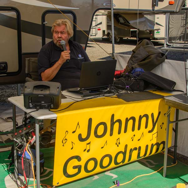 John Goodman sings at the Quartzsite RV Show in Arizona