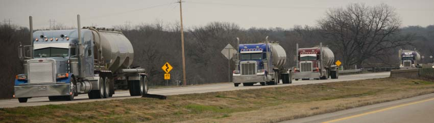Truck traffic on I-20 west of Fort Worth Texas