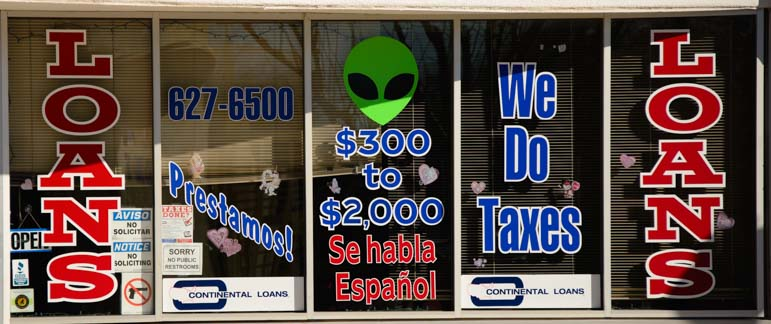 Aliens at loan shop in Roswell NM