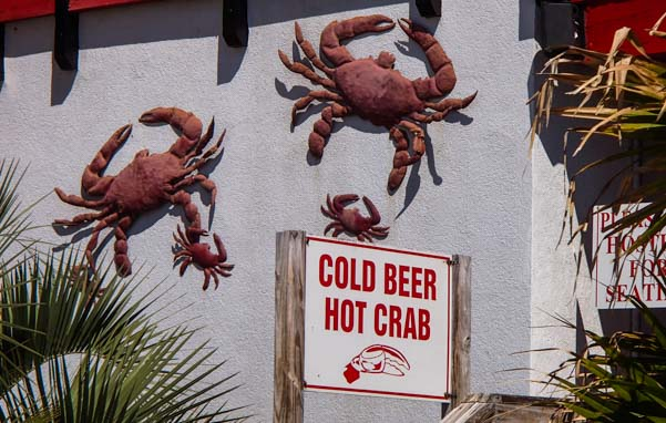 Hot crabs and cold beer sign Florida