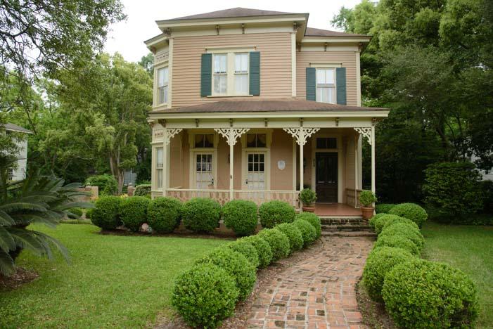 Antebellum house Thomasville Georgia