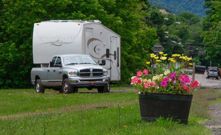 RV in Hamden New York Catskills Mountains