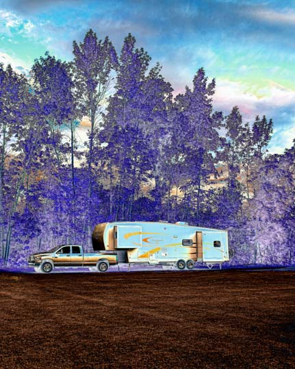 Fifth wheel RV in snazzy colors