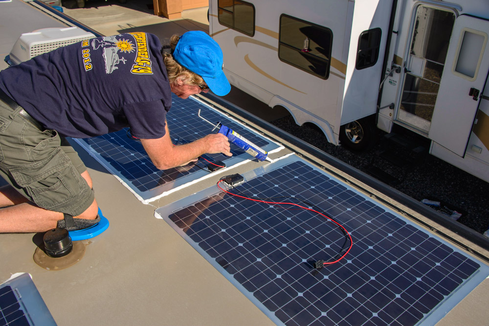 RV upgrade solar panels on roof