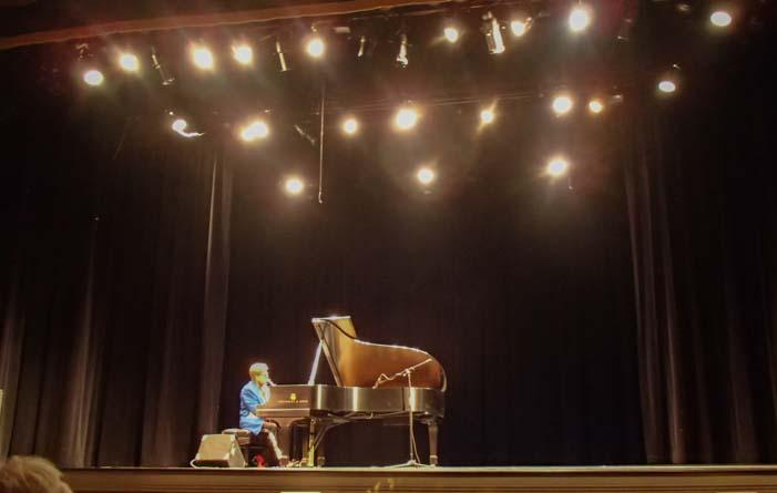 Elton John Concert Maysville Kentucky Opera House