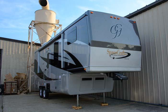 Space Craft Manufacturing custom fifth wheel trailer RV