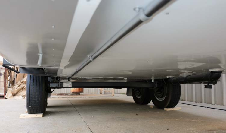 Space Craft manufacturing clean underbelly custom fifth wheel trailer