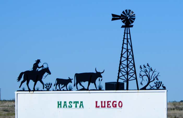 Hasta Luego metal art sign Tatum New Mexico
