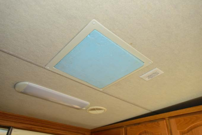 How to stay warm in an RV hatch vent insulation