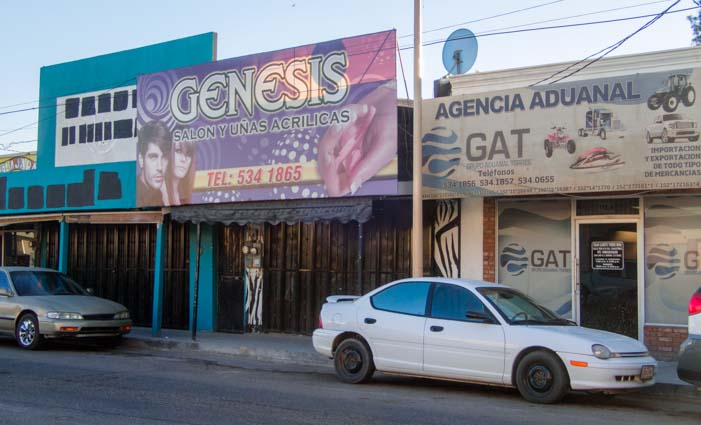 Shops near Family Dental Dr. Sergio Bernal San Luis Mexico