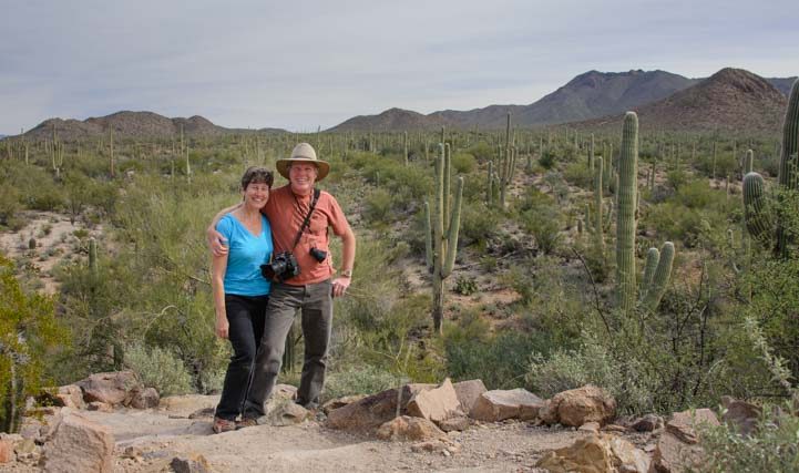 Hikers at Saguaro National Pak Tucson Arizona