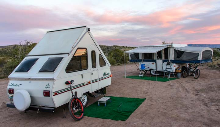 Chalet and Popup tent trailer RV