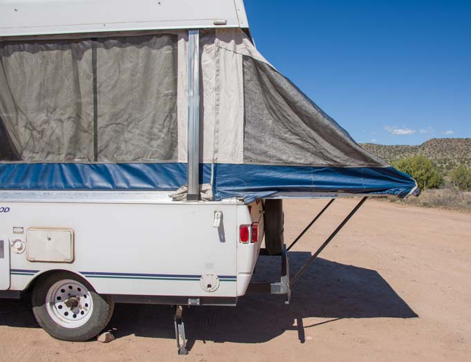 Popup tent trailer roof bed slide out for camping