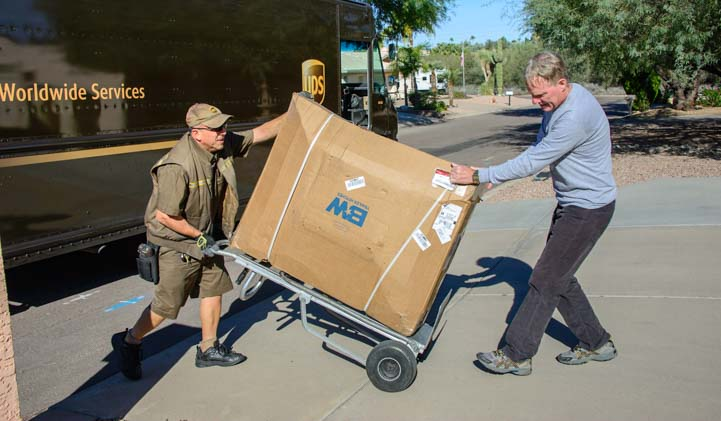 UPS Delivers B&W Companion Fifth Wheel hitch