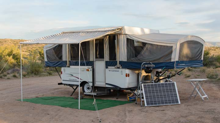 Popup tent trailer with RV solar power