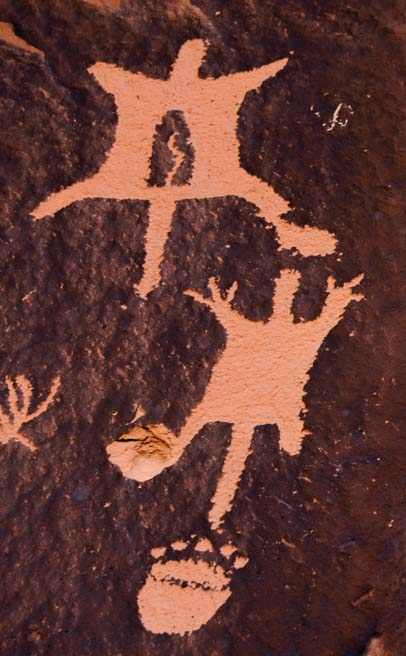Newspaper Rock Petroglyph rock art Flying Squirrels Utah